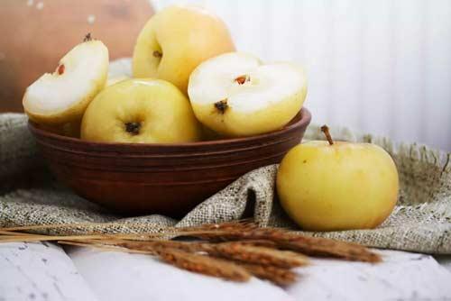 Приснились яблоки толкование по сонникам